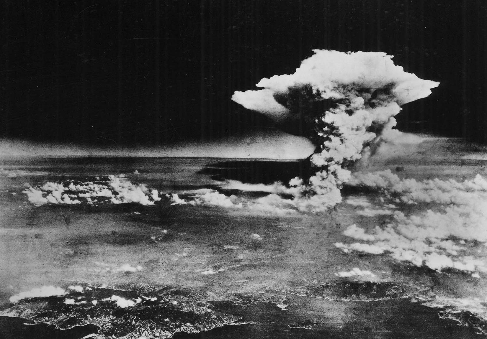 Hiroshima and nagasaki missions